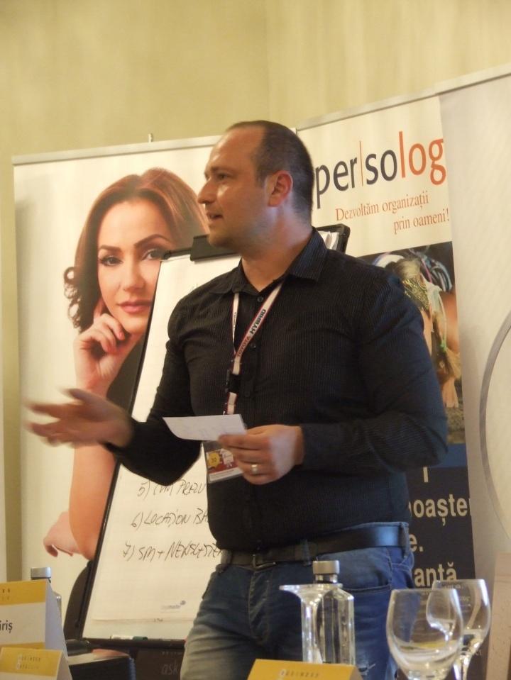 Adrian Niculescu public speaking