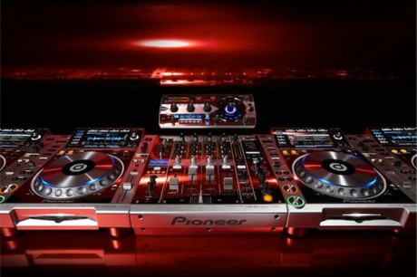 platinum_red_hi-res-dj-gear.jpg
